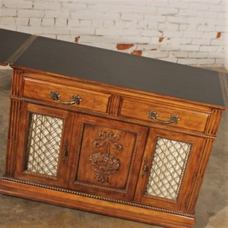 Vintage Davis Cabinet Company Server or Dry Bar