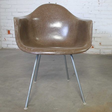 Herman Miller Eames Molded Fiberglass DAX Shell Arm Chair with H Base in Seal Brown