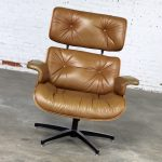 Mid Century Modern Lounge Chair Attributed to Selig Plycraft and in the Style of Eames