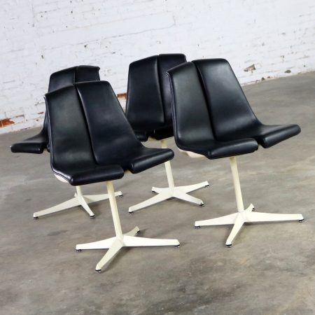 Set of Four Richard Schultz Stacking Dining Chairs for Knoll