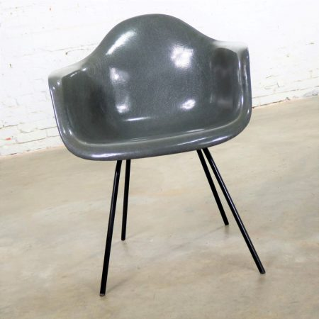 Elephant Hide Gray Eames Herman Miller Molded Fiberglass DAX Arm Shell Chair H Base