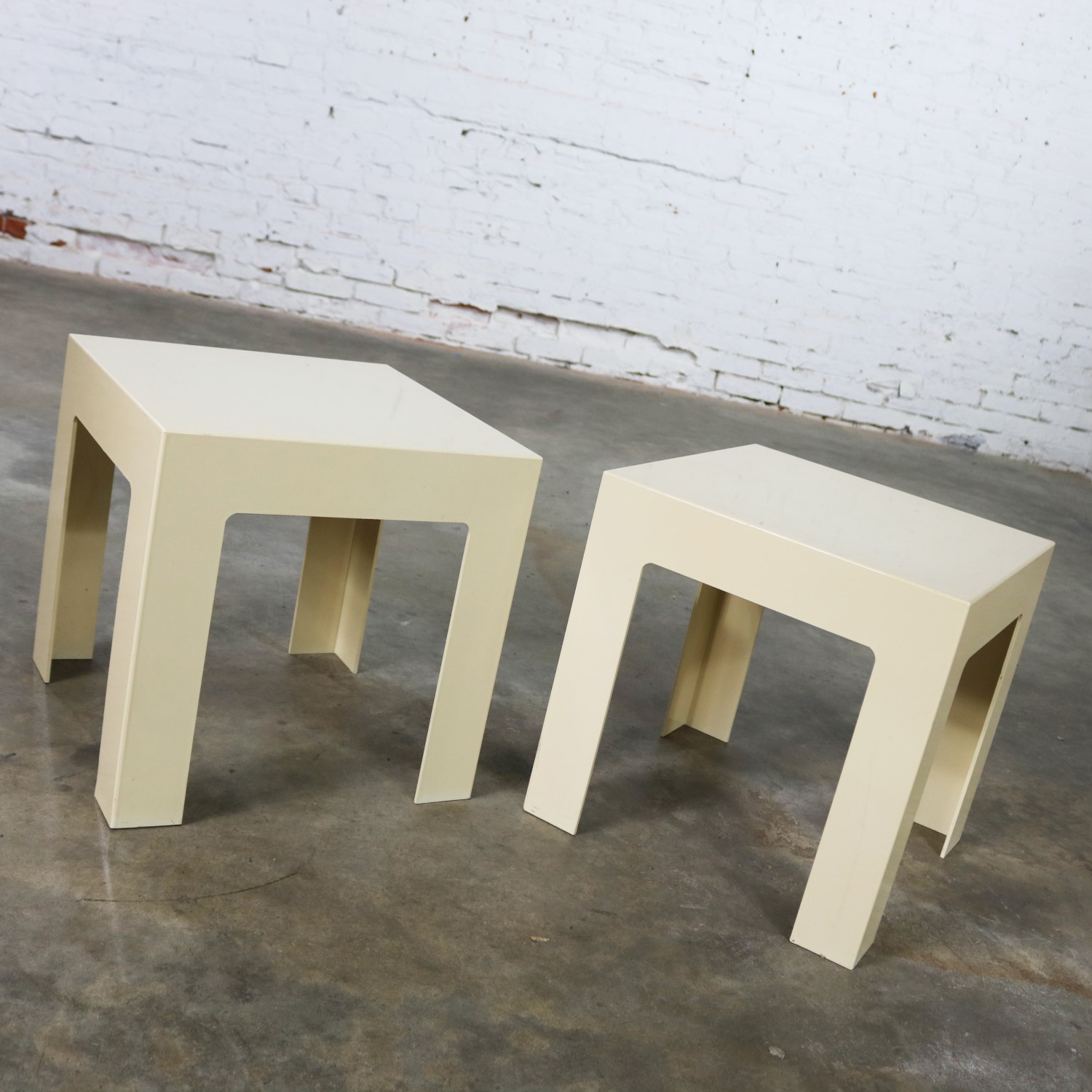 Prime Pair Plastic Parsons Side Tables Antique White Style Kartell Download Free Architecture Designs Lukepmadebymaigaardcom