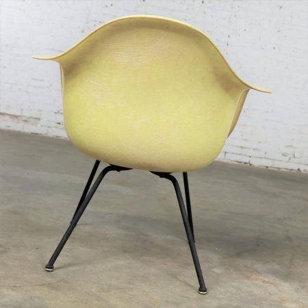 Eames Herman Miller LAX Fiberglass Arm Shell Chair X Base Zenith Rope Edge Yellow