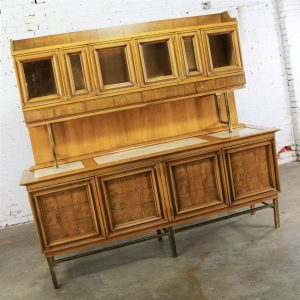 Mid Century Modern Credenza with Hutch Attributed to J. L. Metz Contempora Line