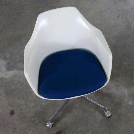 Mid Century Modern Burke Inc. Fiberglass Shell Office Desk Arm Chair Rolling Swivel Tilt