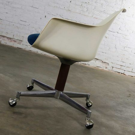 Mid Century Modern Burke Inc. Fiberglass Shell Office Desk Arm Chair Rolling Swivel Tilt