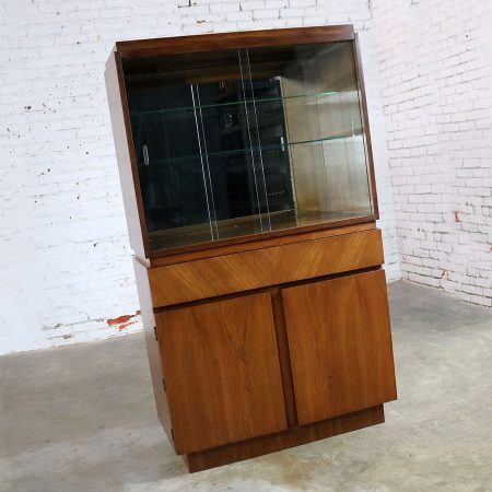 Architectural Modern China Cabinet by Morris of California Mid Century Modern
