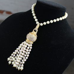 Magnificent Vintage CADORO © Faux Pearl & Rhinestone Tassel Choker Necklace