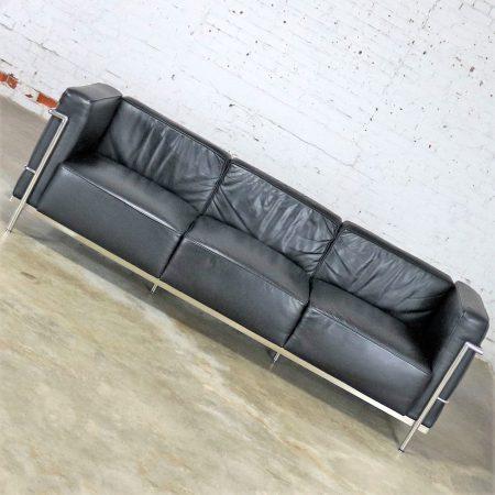 Le Corbusier LC3 Grand Comfort Style Black Leather Three Seat Sofa