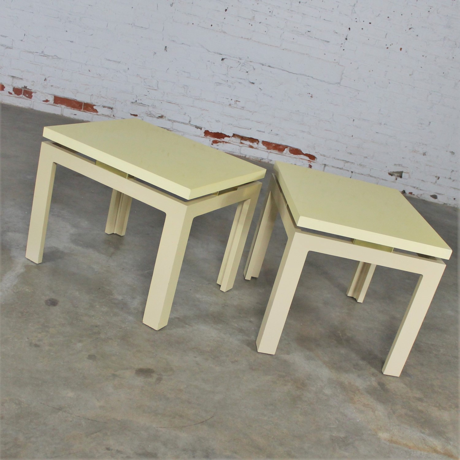 Fantastic Pair Of Modern Circa 1970S Off White Lacquered Parsons Side Download Free Architecture Designs Lukepmadebymaigaardcom