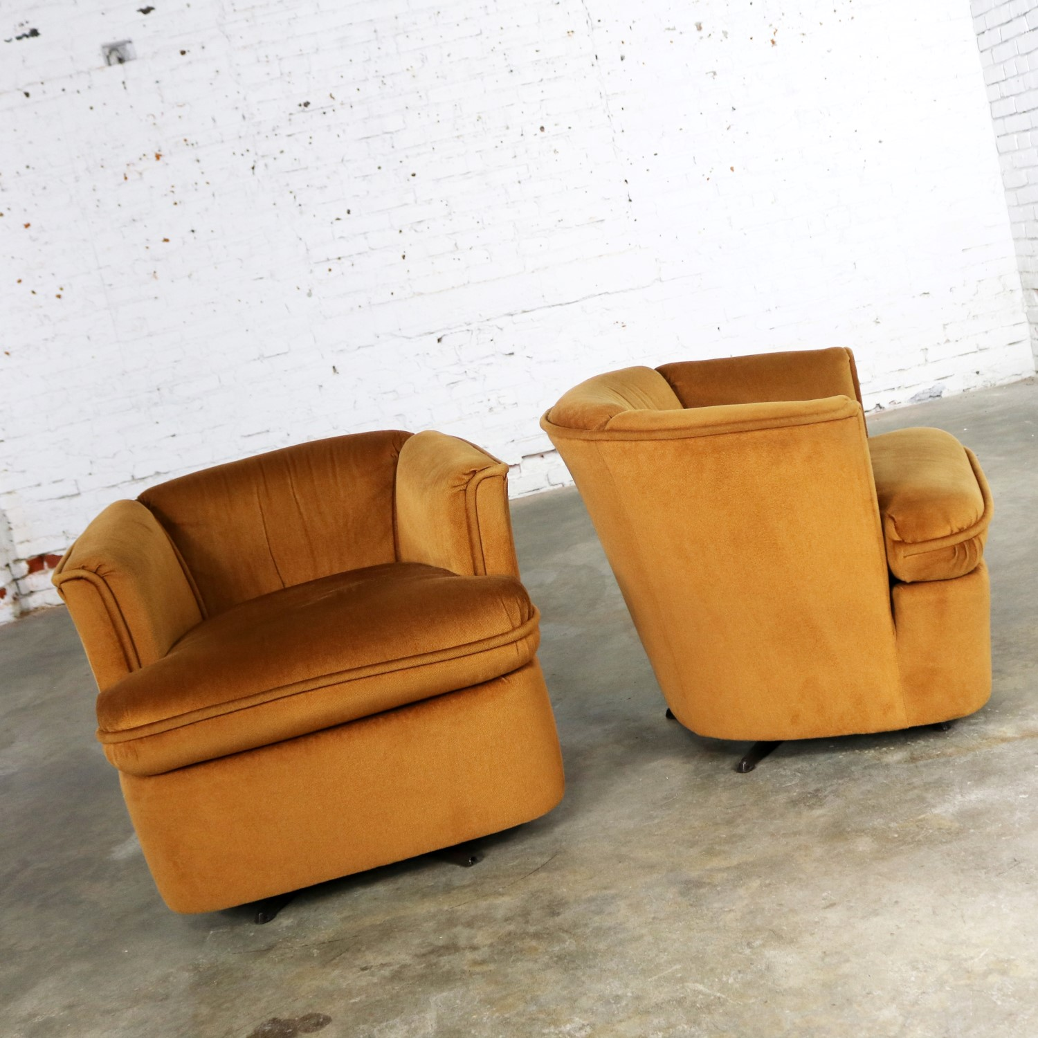 Stupendous Pair Of Drexel Swivel Barrel Shaped Club Chairs In Burnt Squirreltailoven Fun Painted Chair Ideas Images Squirreltailovenorg