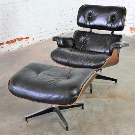 Vintage Eames Lounge Chair & Ottoman in Black Leather & Rosewood by Herman Miller 670/671