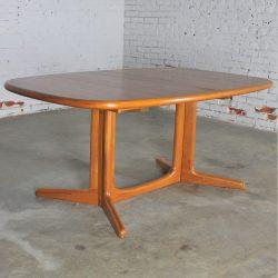 Gudme Mobelfabrik Teak Expanding Dining Table Vintage Danish Mid Century Modern