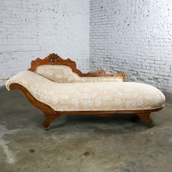 Eastlake Victorian Récamier Daybed Chaise Fainting Couch