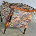 Vintage Classical American Federal Carved Sheraton Style Settee Sofa in Contemporary Fabric