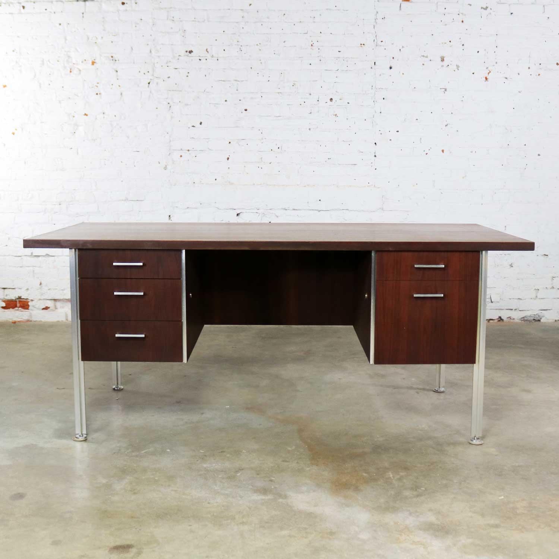 Image of: Mid Century Modern Walnut Executive Desk With Aluminum Legs Warehouse 414