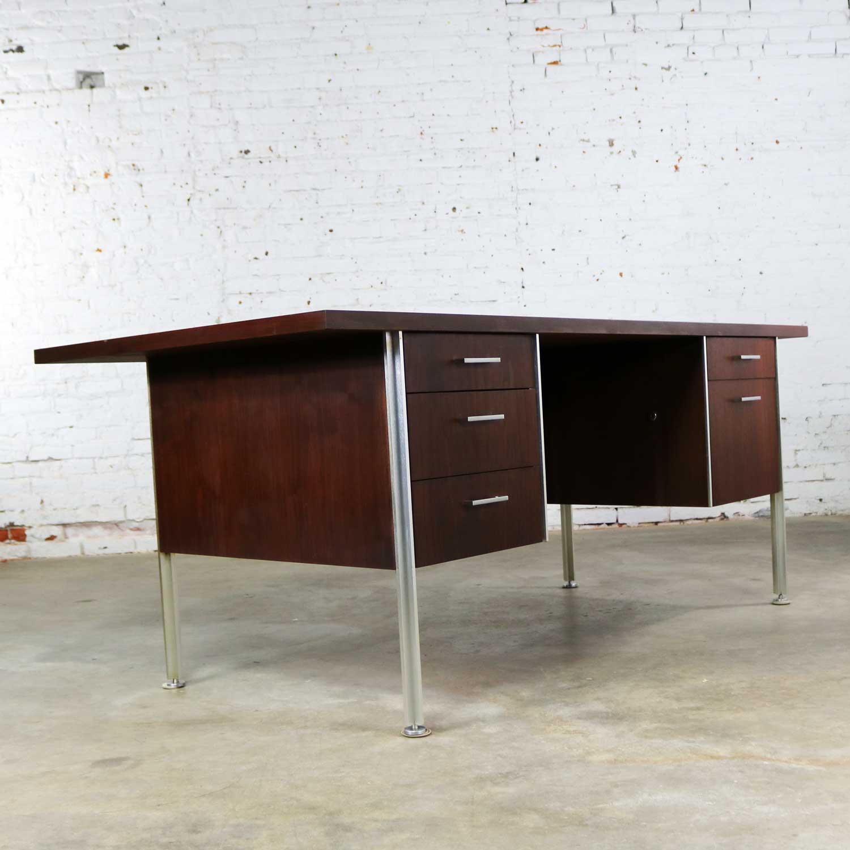 Mid Century Modern Walnut Executive Desk With Aluminum Legs Warehouse 414