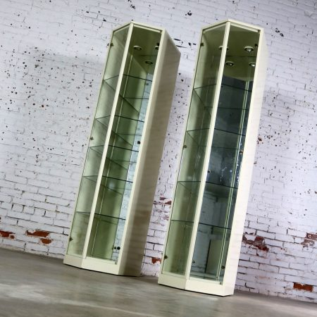 Modern Ivory Lacquered Narrow V Front Lighted Display Cabinets a Pair