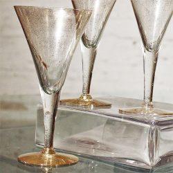 Dorothy C. Thorpe Gold Fleck Large Champagne Flutes or Wine Glasses Set of 6 Mid Century Modern