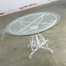 Mid Century Salterini Style Wrought Iron Round Patio Table