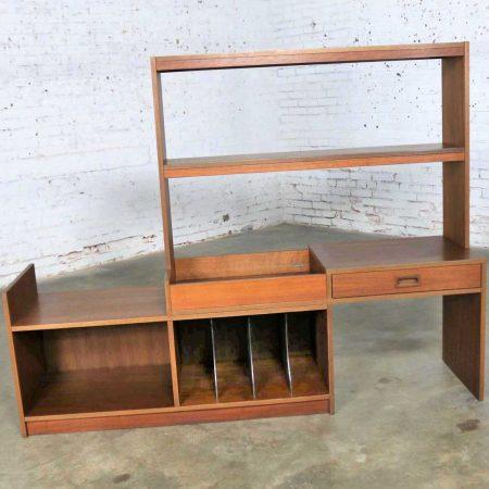 Mid Century Danish Modern Walnut Expanding Entertainment Bookcase Room Divider
