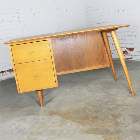 Vintage Mid Century Modern Paul McCobb Planner Group Desk with Cane Modesty Panel
