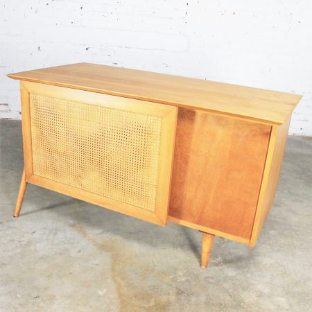 Vintage Mid Century Modern Paul McCobb Planner Group Desk with Cane Modesty Panel