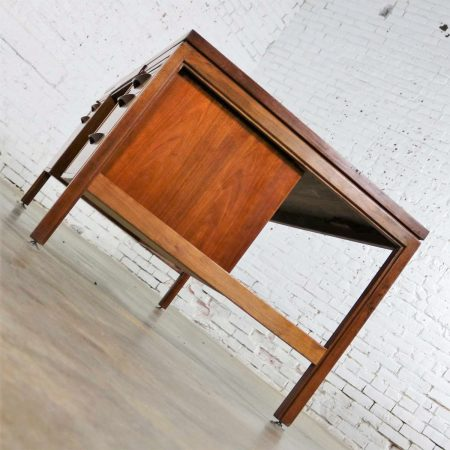Scandinavian Modern Executive Desk in Walnut by Jens Risom for Risom Designs
