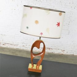 Mid Century Modern Sculptural Biomorphic Walnut and Brass Table Lamp