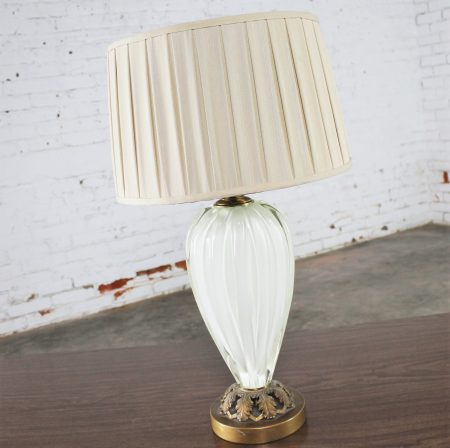 Mid-Century Seguso Style White Sommerso Murano Glass Table Lamp