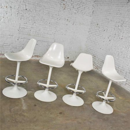 Set of Four Tulip Style White Swivel Barstools by Arthur Umanoff for Contemporary Shells