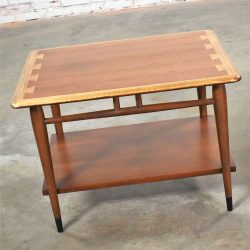 Acclaim Series 900-05 Walnut Lamp Table End Table by Andre Bus for Lane