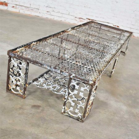 Antique Rustic Patinated Cast Iron Ornate Patio Garden Coffee Table Bench Daybed