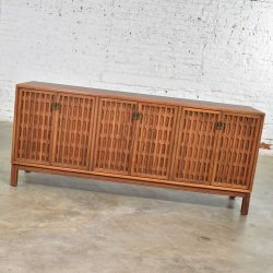 Mid Century Modern Walnut Credenza in the Style of John Stuart Widdicomb