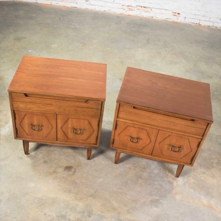 Mid Century Pair of Nightstands or End Tables with Hexagon Paneled Design and Brass Hardware