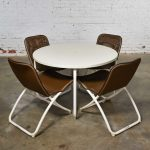 Mid Century Modern Samsonite Round Patio Dining Table and 4 Folding Sling Chairs