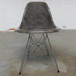 BOBBIE-SL-Vintage Mid Century Modern Herman Miller Eames DSR Chair Elephant Hide Grey circa 1976
