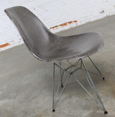 Vintage Mid Century Modern Herman Miller Eames DSR Chair Elephant Hide Grey circa 1976