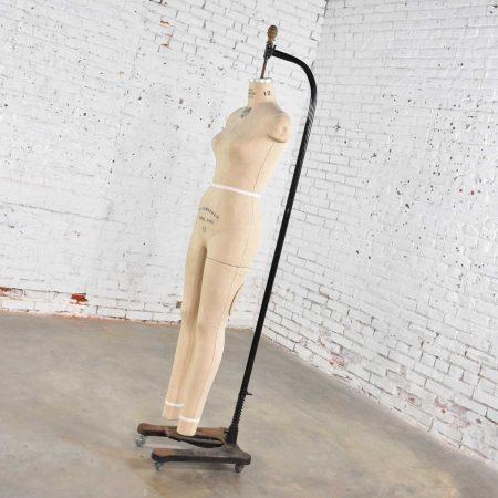 Vintage Wolfform Co. Female Mannequin Full Body Dress Form 1986-12 Cast Iron Base