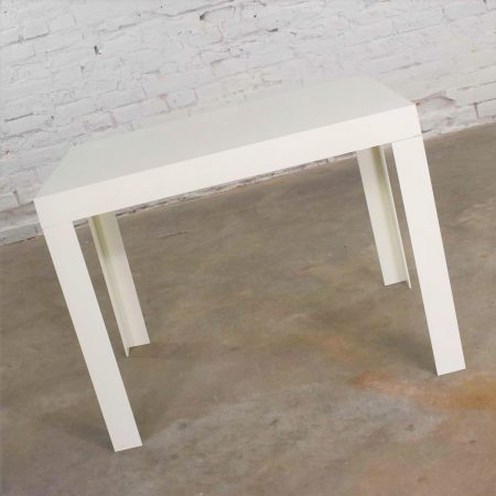 Vintage Modern White Molded Plastic Rectangular Parsons Style Side Table Style Syroco or Kartell