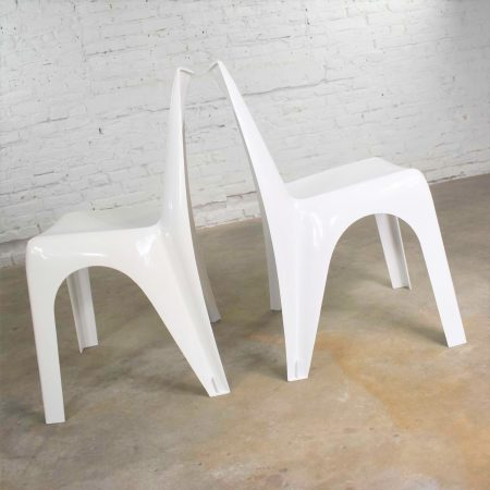 Pair Vintage Modern White Molded Plastic Chairs Style of Kartell 4850 by Castiglioni et al