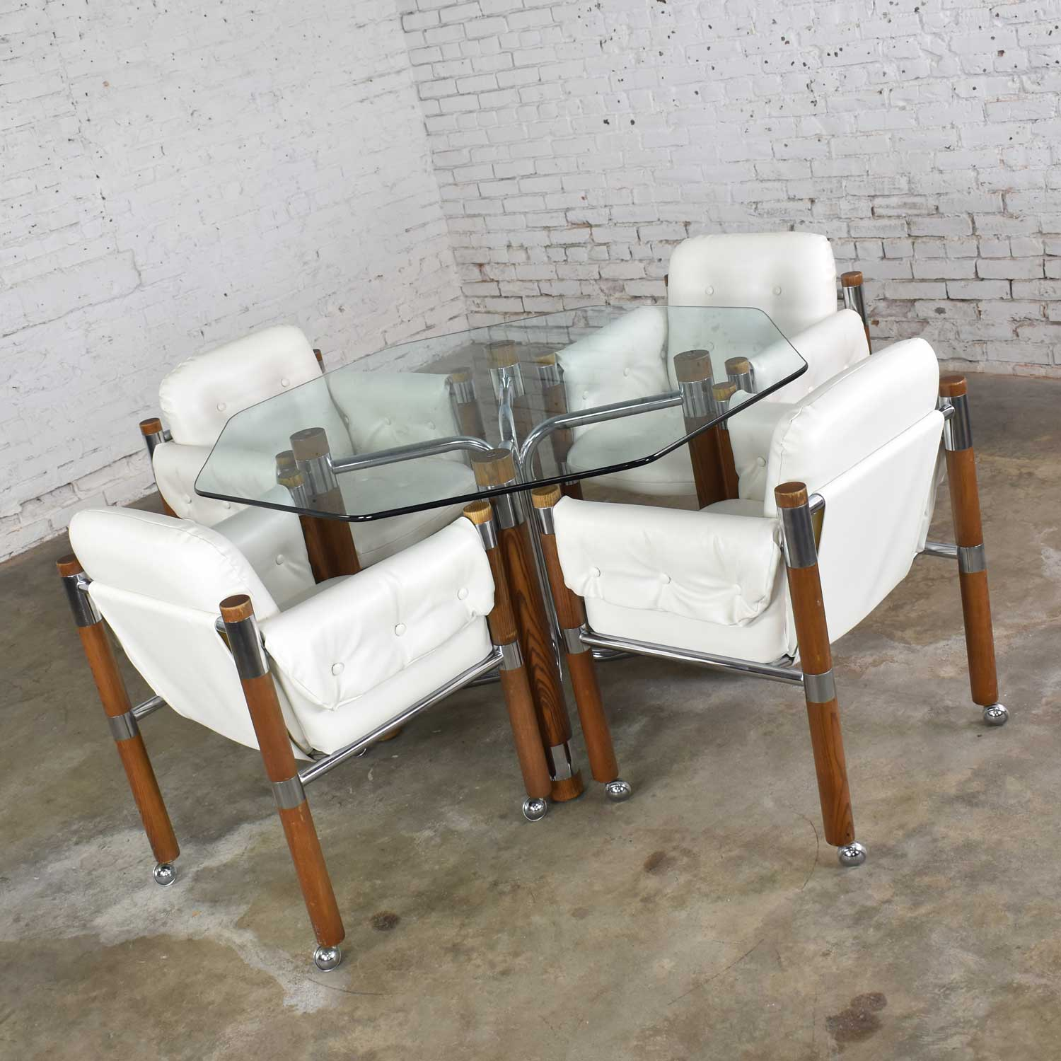 Modern Game Table Or Dining Table Glass Chrome Oak With Four White Rolling Chairs Warehouse 414