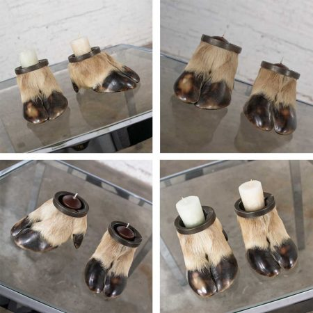 Vintage Taxidermy Caribou Hooves with Bronze Ash Tray Insert Vide-Poche or Candle HolderVintage Taxidermy Caribou Hooves with Bronze Ash Tray Insert Vide-Poche or Candle Holder