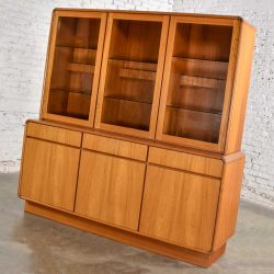 Danish Teak Veneer Mid-Century Scandinavian Modern Two-Piece China Hutch Buffet Cabinet